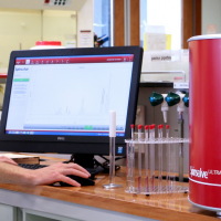 Bench-top NMR system launched