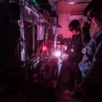 Improving the femtosecond ultrashort pulse laser