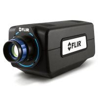 High-performance SWIR camera